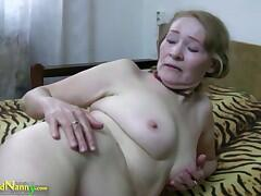 Nice blonde grannie is taking bath with young cool man